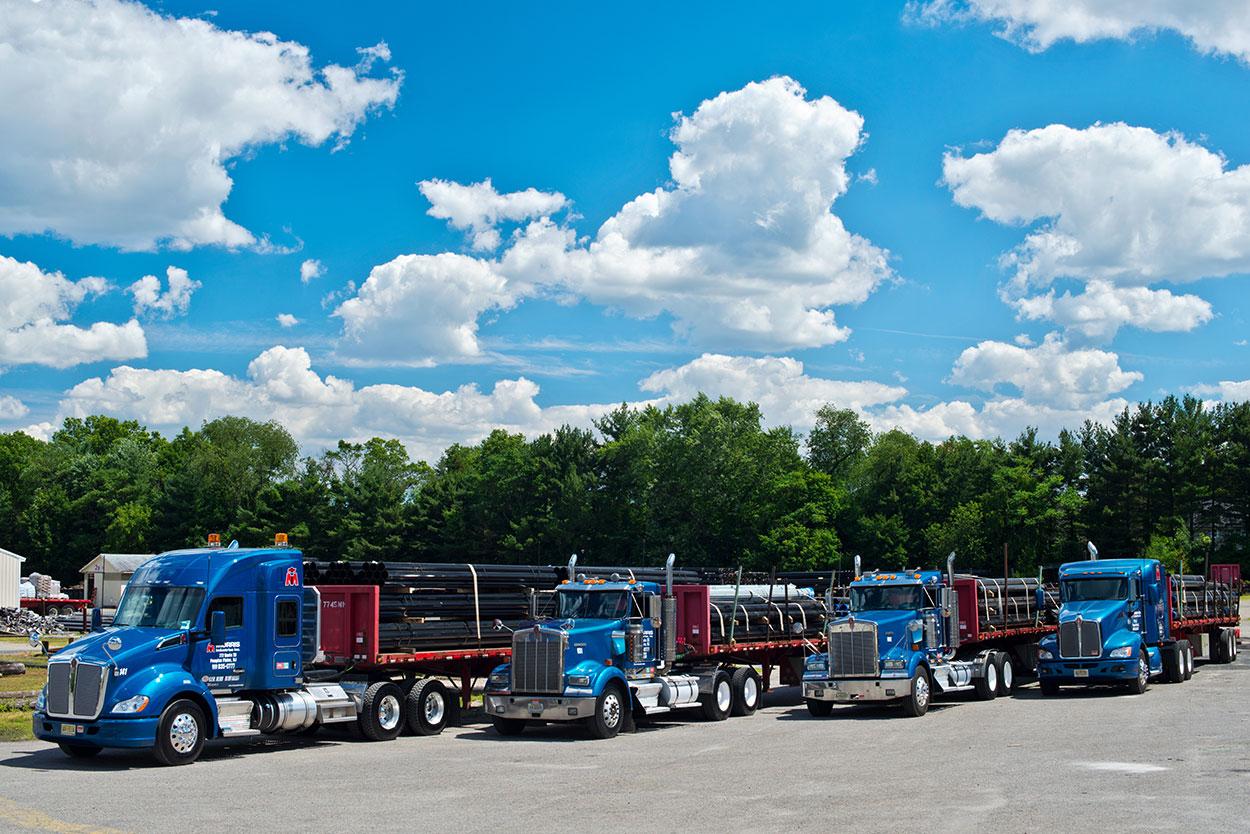 steel-pips-and-casing-trucks-morris-industries